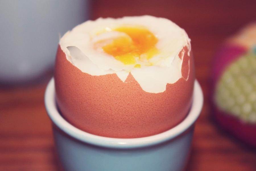Oryginalny sprzęt kuchenny, czyli jajowary w nowoczesnej kuchni